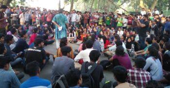 শিক্ষাপ্রতিষ্ঠান খোলার দাবিতে আন্দোলনে নামছে শিক্ষার্থীরা